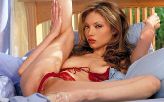Hermosa mujer china desnuda.