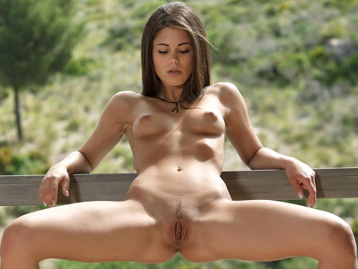 Sexy nude girls com